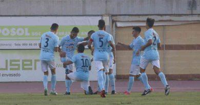 El CD El Ejido revive goleando 5-1 al nuevo colista