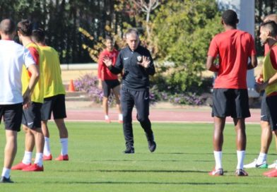 Lucas Alcaraz incide en la defensa en sus primeros entrenamientos