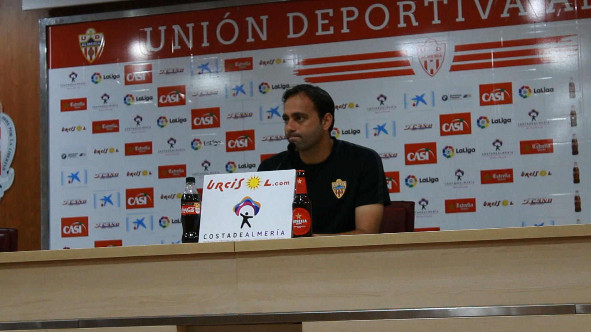 Entrenador de la UD Almeria
